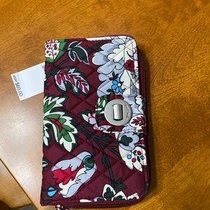 Vera Bradley RFID TurnLock Wallet NWT Floral